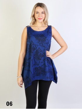 Blossom Print Loose-Fitting Top W/ Button Detail