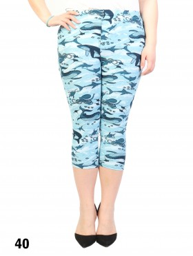 Plus Size Marine Print Capri Leggings