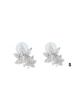 MAPLE LEAF RHINESTONE EARRING