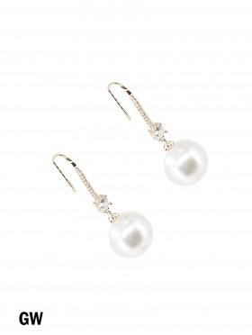 Rhinestone Earrings W/ Pearl