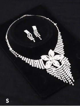 Adjustable Rhinestone Necklace And Earring Set