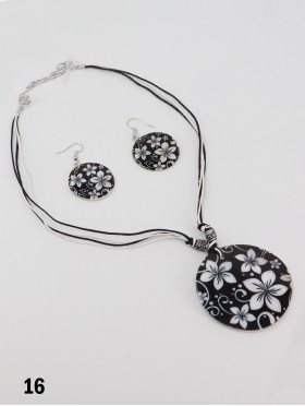 Fashion Flower Print Necklace and Earrings Set