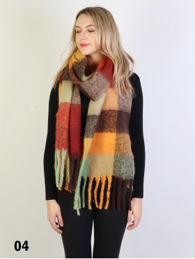 Plush Contrasting Color Scarf W/ Long Fringe