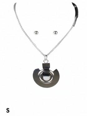 Circle Pendant Necklace & Earring Set