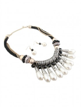 ROYAL STATEMENT NECKLACE WITH EARRING SET