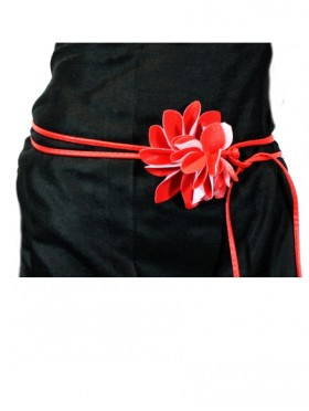 FAUX LEATHER BELT WITH ATTACHED FLOWER