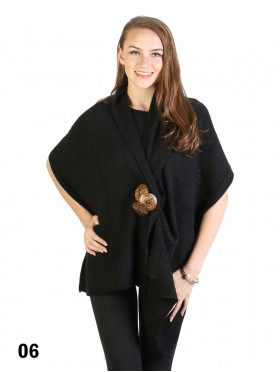 Multi-Functional Knitted Cape With 3 Wooden Buttons